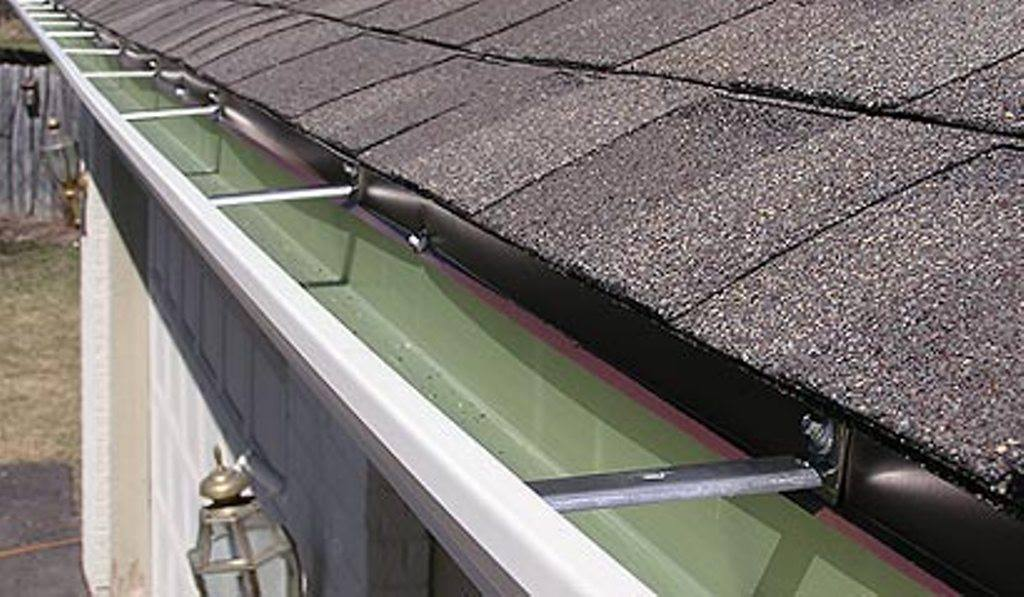 Gutter Cleaning Washing